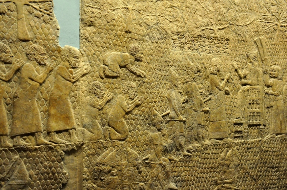 The_fall_of_Lachish,_King_Sennacherib_reviews_Judaean_prisoners.
