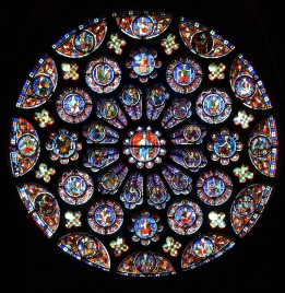 The_south_transept_rose_at_Notre-Dame_de_Chartres